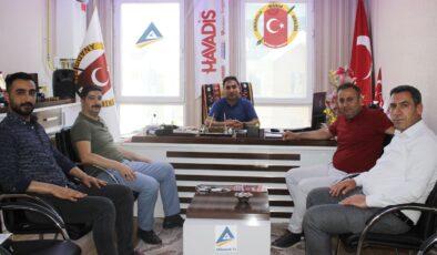 3 BAY Media Grup'tan ABBİM Genel Başkanı Ayhan Yazlık'a ziyaret