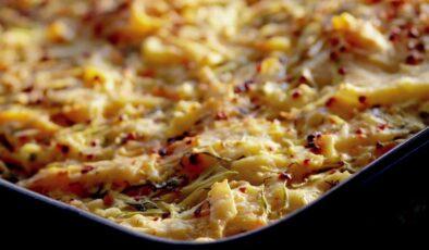 Kabaklı peynirli çekme börek nasıl yapılır? Kabaklı peynirli çekme börek tarifi