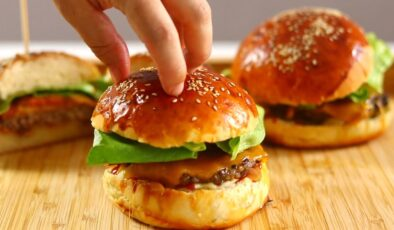 Evde hamburger nasıl yapılır? Hamburger tarifi(4-6 kişilik )