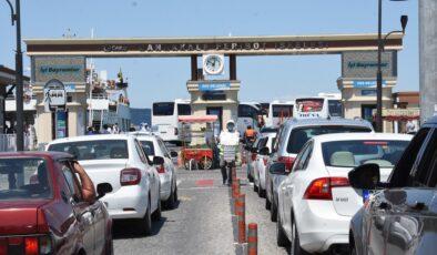 Çanakkale'de bayram dönüşü yoğun trafik