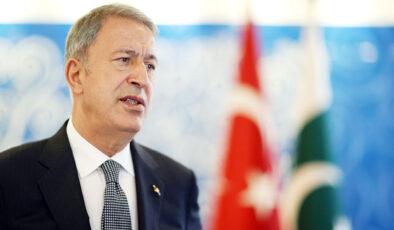 Bakan Akar, Türkiye'nin Kabil'deki niyetini Pakistan'da yineledi