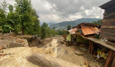Batı Karadeniz'de sel felaketi: 11 ölü, 1 kayıp