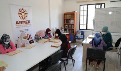 Mardinli kadın kursiyerlere COVID-19 eğitimi