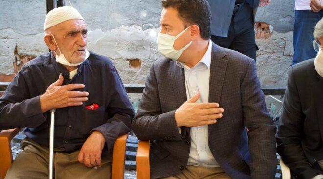 Ali Babacan'dan Dedeoğlu ailesine ziyaret