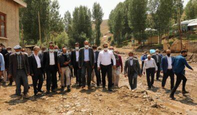 Van Haber: Gürpınar'da selin yaraları sarılıyor
