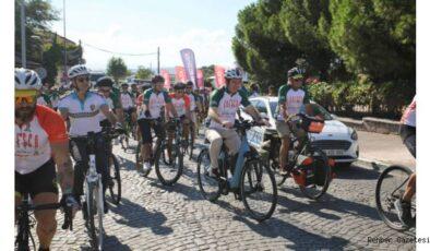 İzmir'de UNESCO Yolunda 7. Bisiklet Turu tamamlandı